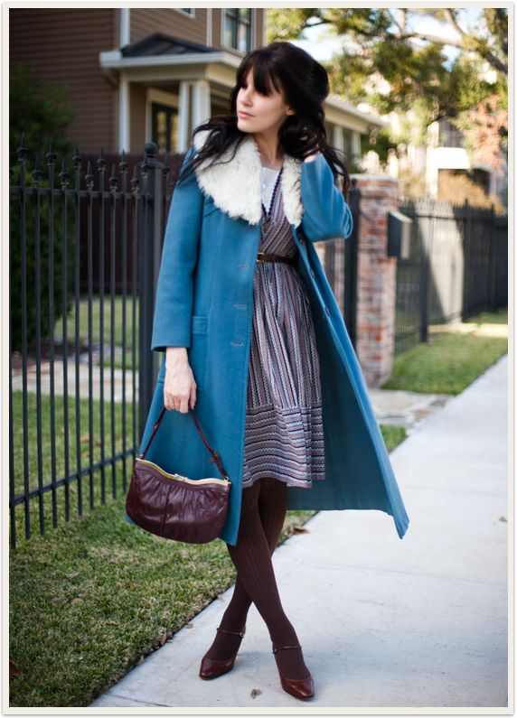 Via Bleubird Vintage.: Faux Fur, Cute Coats, Cute Outfits, Cute Vintage Outfits, Vintage Inspiration Outfits, Blue Coats, Bluebirds Vintage, Clothing Outfits Ideas, Fur Collars