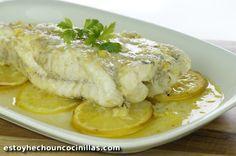 Cómo hacer rape al horno con limón. Receta fácil paso a paso. Aprende a preparar este sencillísimo plato de pescado al horno. ¡Te va a encantar!