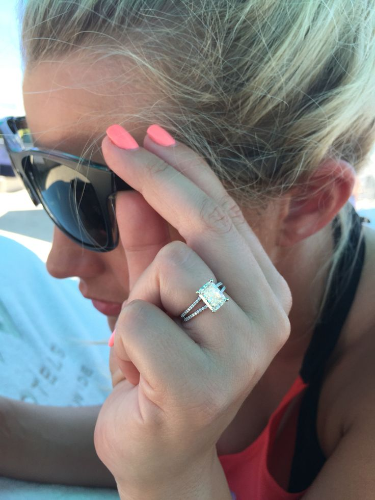 Radiant cut 2 ct solitaire engagement ring