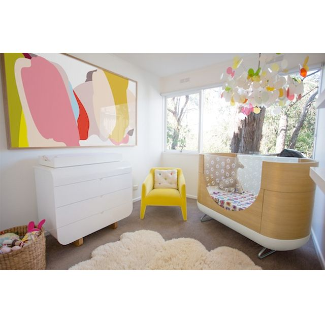 This baby nursery featuring the Ubabub Pod Crib belongs to the Ubabub founder herself! This crib is available exclusively at ella+elliot stores in Canada. Buy online for shipping nationwide. | ella+elliot | Toronto | Vancouver | Canada | #ellaandelliot #ubabub #podcrib | pic via @ellaandelliot Instagram