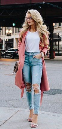 summer outfits Pink Trench + White Tee + Destroyed Skinny Jeans