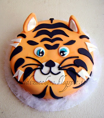 i want u to make this cake for my birthday.please.