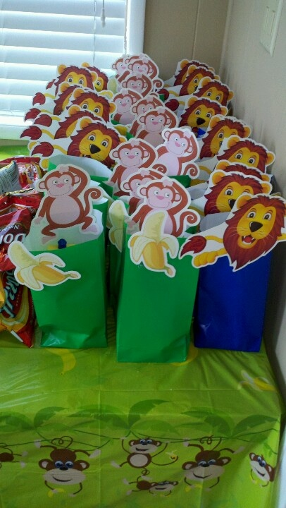 First birthday! Safari Birthday, Jungle Birthday. Gift Bags created with dollar store items! Safari Theme, Jungle Theme, First Birthday Boy.