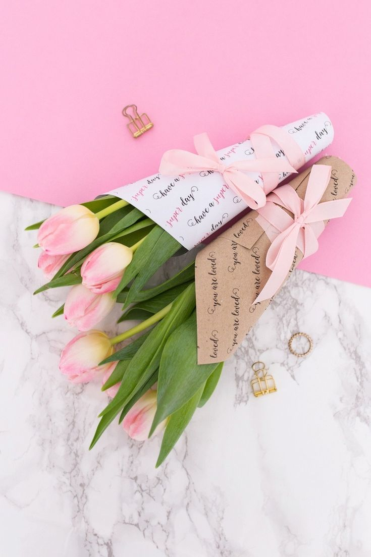 Give out bouquets of flowers with this flower wrap printable project.