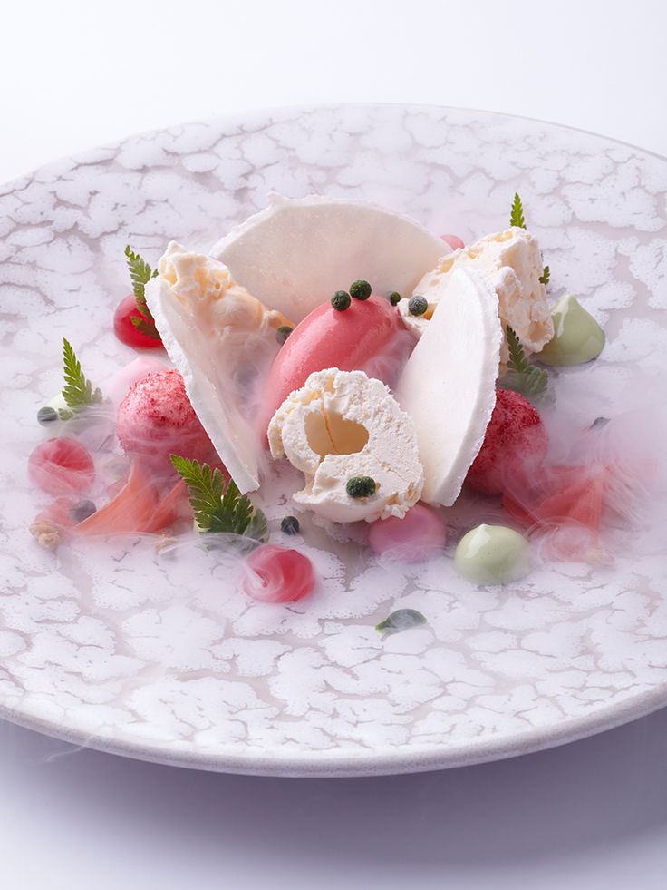 133 best plating images on pinterest food presentation food rhubarb wheatgrass and iced yeast by chef sven elverfeld of aqua in wolfsburg germany fandeluxe Image collections