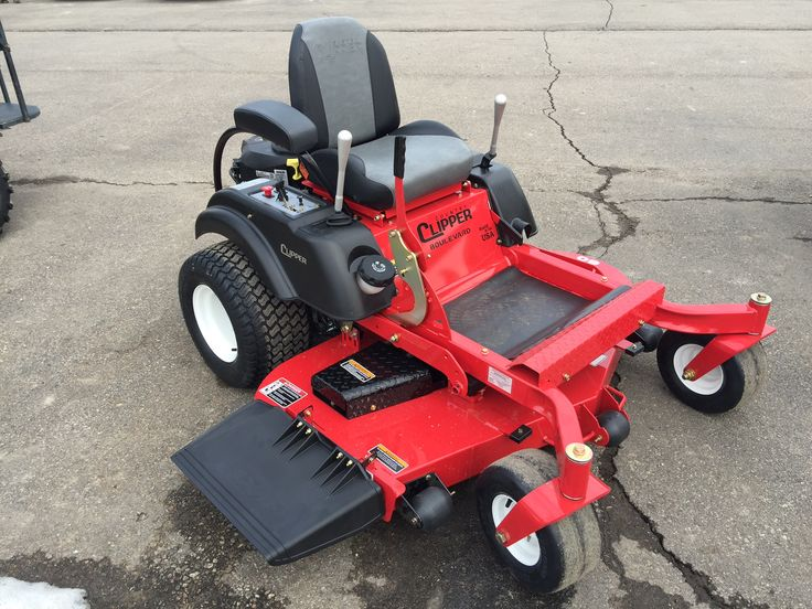 Country Clipper Boulevard - zero turn lawn mower.  60in deck.  One joy stick to control movement. Test one today.  Come see us at OZ Motorsports in Almont MI.  www.cartwizards.com