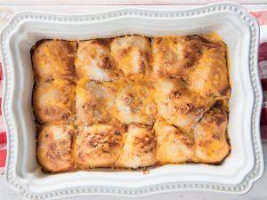 Braaibolletjies met roomsous en kaas | Huisgenoot