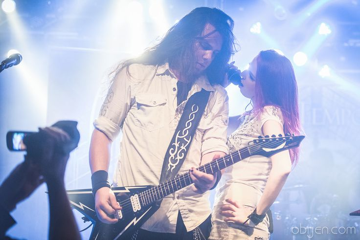 #aliatempora #live #show #stage #onstage #band #guitarist #guitar #singer #growler #white #dress #longhair #metal #rock #symphonic #electro #lights #violet #pink #blue #markéta #morávková #štěpán #řezníček