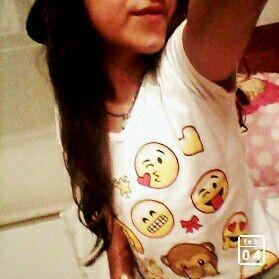 Camisa de emojis