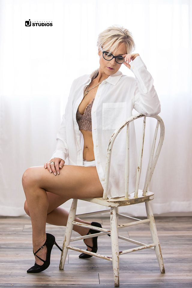 Beautiful boudoir shoot! Spice it up with glasses!