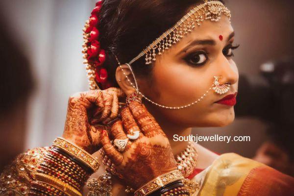 bride_in_tradiitonal_jewellery
