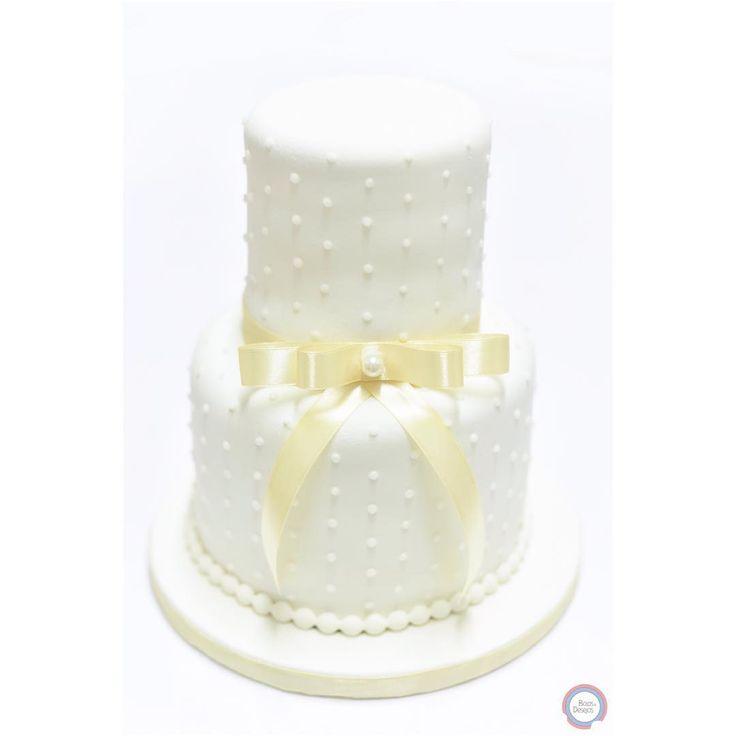 #goldenwedding #congrats #congratulations #simple #classic #bolosedesejos #cakedesign #cakedecorating #cakedecorator #cake #sweettooth #foodpics #tasty #delicious #delish #dessert #dessertporn #dessertgram #dessertlover #yummy #instagood #instafood #instacake #cakedesigner #food #desserts #amazing #sweet #foodporn