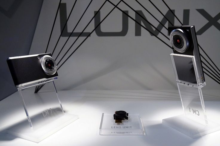 """The future of smartphones lies in the lens. After taking a 2 year hiatus from the smartphone biz, Panasonic's launching a new #Leica lens and 1"""" sensor on their latest #Android #Lumix ow.ly/BwQqj via #TheVerge"""