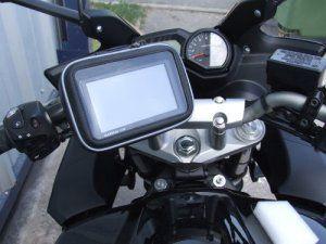 Navitech GPS Vélo / Moto / Scooter / VTT fixation support et housse / étui résistant à l'eau Garmin Nüvi 140, 140LMT, 2445LMT, 2447LMT,…