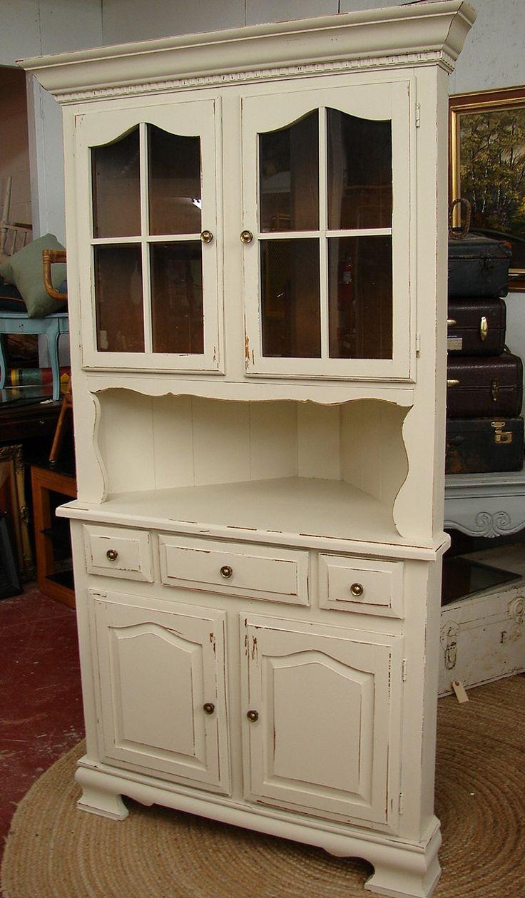 Best 25+ Corner china cabinets ideas on Pinterest | Corner ...