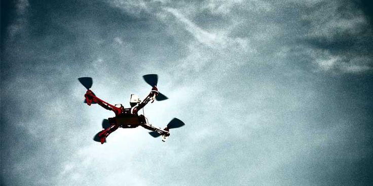 SANDO, una de las constructoras de obra civil más importantes de España, ya está utilizado drones en sus proyectos de obra civil. Los drones van dotados de sensores láser que permiten generar un acumulo de datos, que posteriormente tratados con aplicaciones específicas, permiten la reducción de costes y de tiempo de ejecución en los proyectos