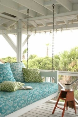 Love this porch swing!: Hanging Beds, Coastal Living, Back Porches, Covers Porches, Beaches Houses, Porches Beds, Porches Swings, Front Porches, Swings Beds