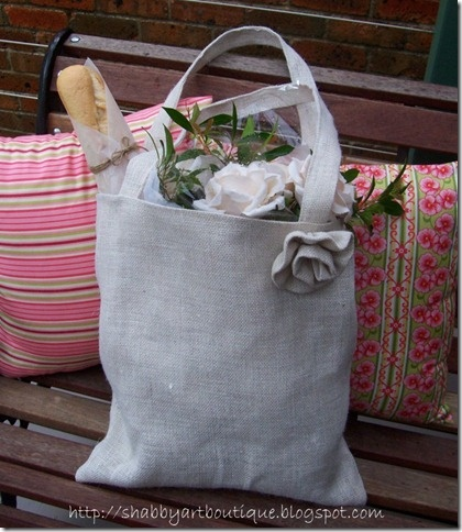 At a time when we are all trying to be eco friendly by supplying our own shopping bags, there's no reason why you can't have a stylish bag. The hessian shopper is strong and durable and the design is so versatile you can change the measurements to suit your needs.