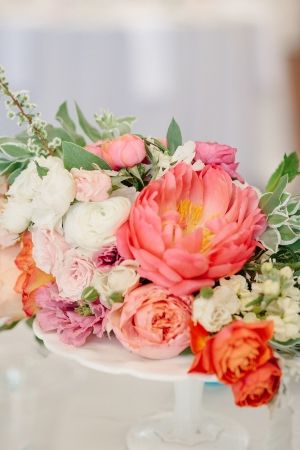 Coral and pink wedding flowers by http://www.amyosaba.com/   photography by http://erinheartscourt.com/