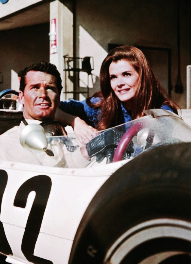 James Garner & Jessica Walter in the 1966 film 'Grand Prix'.