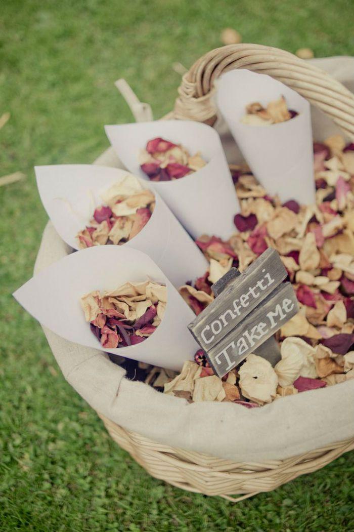 Lancer confettis feuille sechee 1