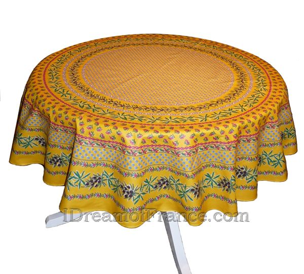 Le Cluny Olives Yellow 68 In Round Tablecloth On A 44 In Table