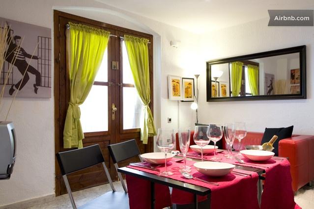 AMAZING квартиры Близко к пляжу 50M in Barcelona от $123 в сутки  ------------------------------------------  неплохой вариант вроде....
