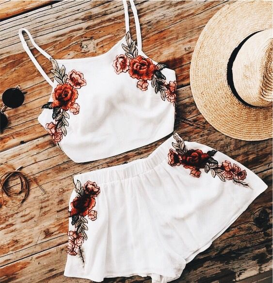 Two piece white shirt with shorts and embroidered roses