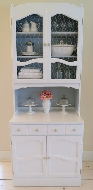 Mimi's Vintage Charm: Vintage Ethan Allen Hutch. Totally charming makeover!