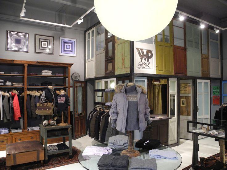 ORVETT per WP / WP STORE / Genova (IT) / 2012 / Esprimiamo i valori del vostro brand realizzando spazi iconici.