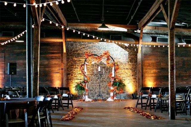 @Amanda Burmeister Nashville, indie nashville wedding venue, industrial wedding venue nashville, exposed brick wedding venue, #nashville weddings