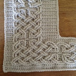 Celtic border for blanket or any project... would even make a lovely photo frame. FREE CROCHET PATTERN... Ravelry