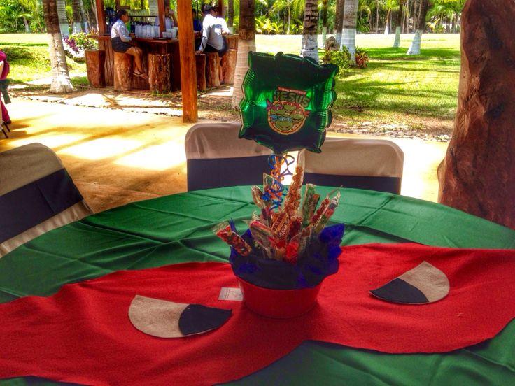 Tenage mutant ninja Turtles party ideas, Center table and covertable, centro de mesa de tortugas ninja cubremantel tortugas ninja