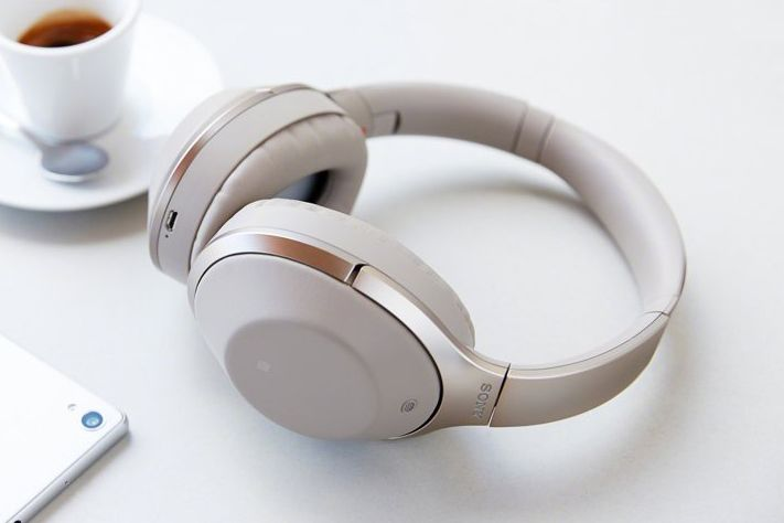 Sony Noise Cancelling MDR 1000X Headphones