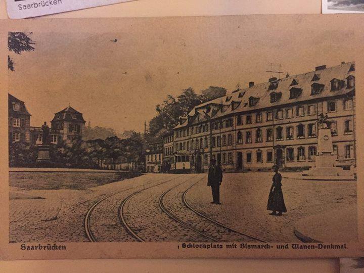 #Der #Schlossplatz #mit Bismarck  #und Ulanendenkmal. #Der #Schlossplatz #mit Bismarck- #und Ulanendenkmal.  #Saarbruecken / #Saarland   #Der #Schlossplatz #mit Bismarck- #und Ulanendenkmal. http://saar.city/?p=42568