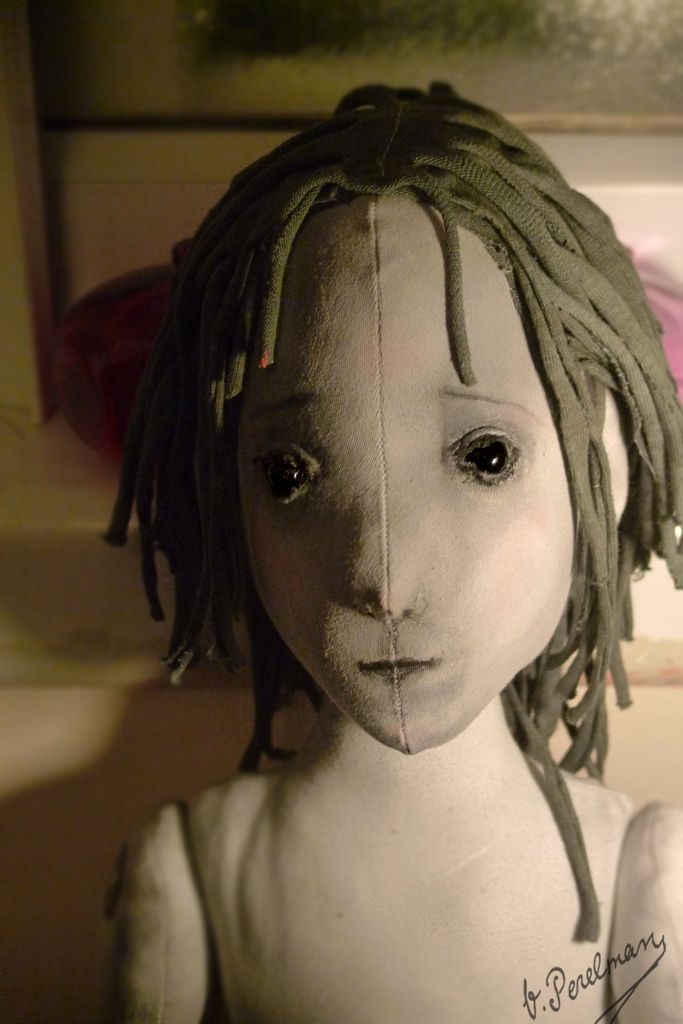Cloth doll by Vika Perelman. Where is this picture from?