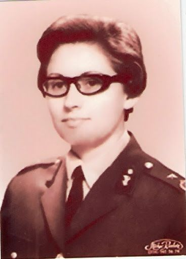 Dr. Ülkü Sema Aydın, 1957'de orduya ilk katılan kadın, tabip teğmen oldu, çocuk hastalıkları uzmanı.