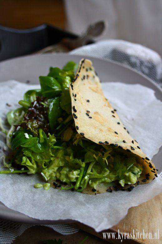 SUPER GREEN WRAPS (little ingredients, easy to make & super healthful!)