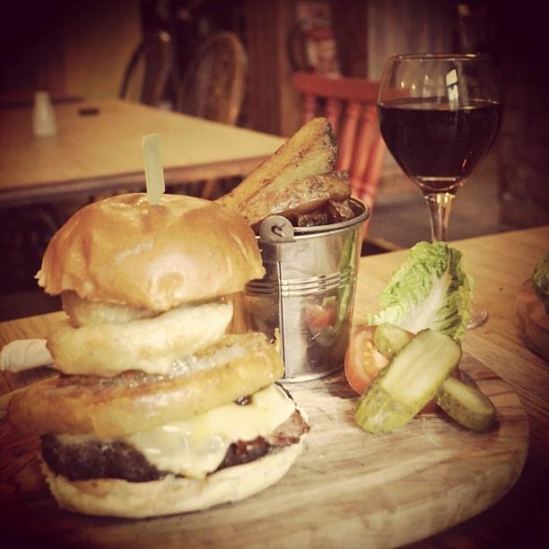 fat hippo burger