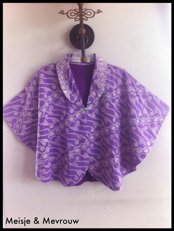 Batik parang cape or u can call it as poncho Batok parang cap Cirebon
