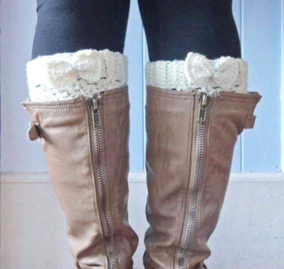 bow boot cuffs ivorycrochet boot cuffs ivory by LovebugHandmade
