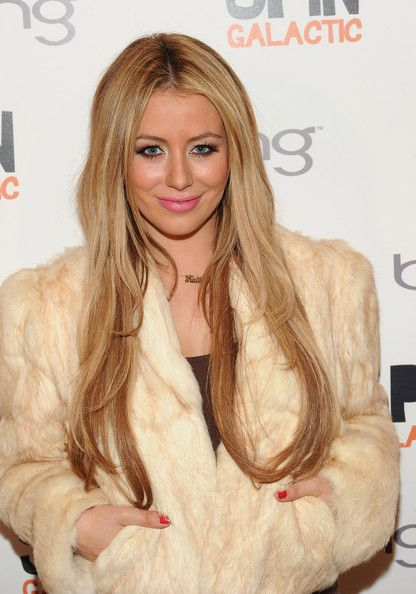 Aubrey O'Day Photos Photos - Singer Aubrey O'Day attends the SPiN Happy Hour At Bing Bar on January 21, 2011 in Park City, Utah. - SPiN Happy Hour At Bing Bar - Day 1 - 2011 Park City