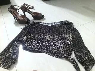 ropa y zapatos usados venta garage