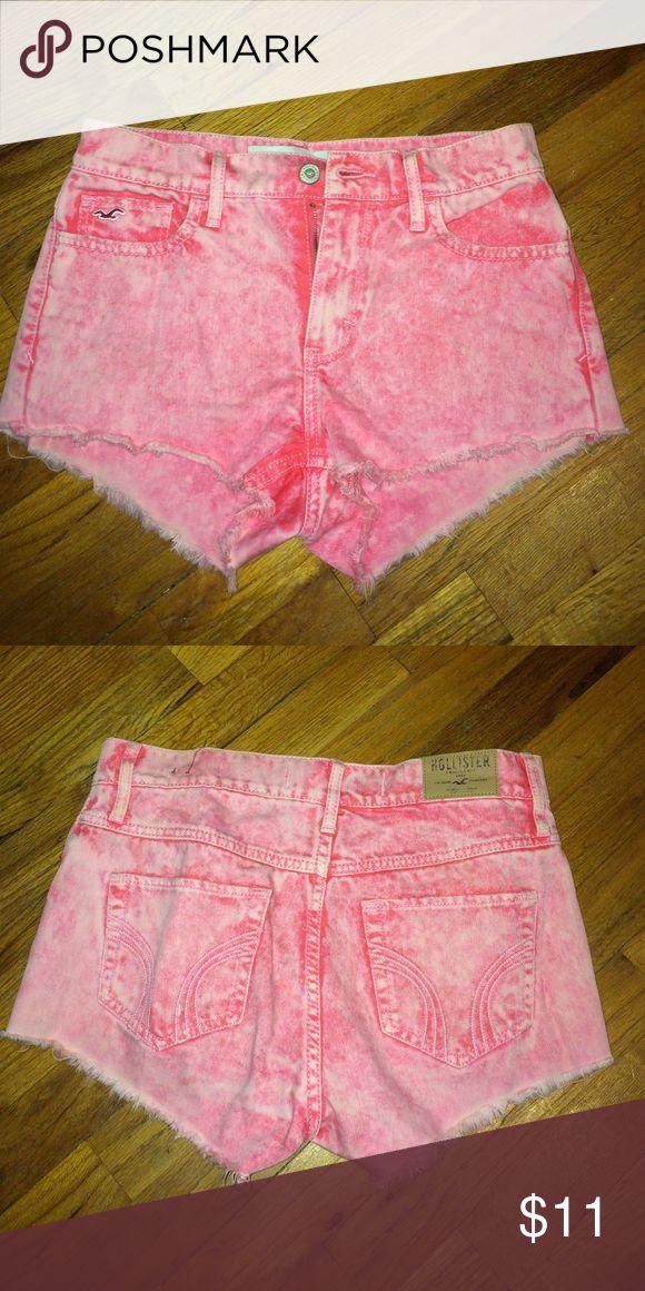 Hot pink high waisted acid wash shorts! Really flattering high waisted shorts! Super comfy and great for a summer tan :) Shorts Jean Shorts