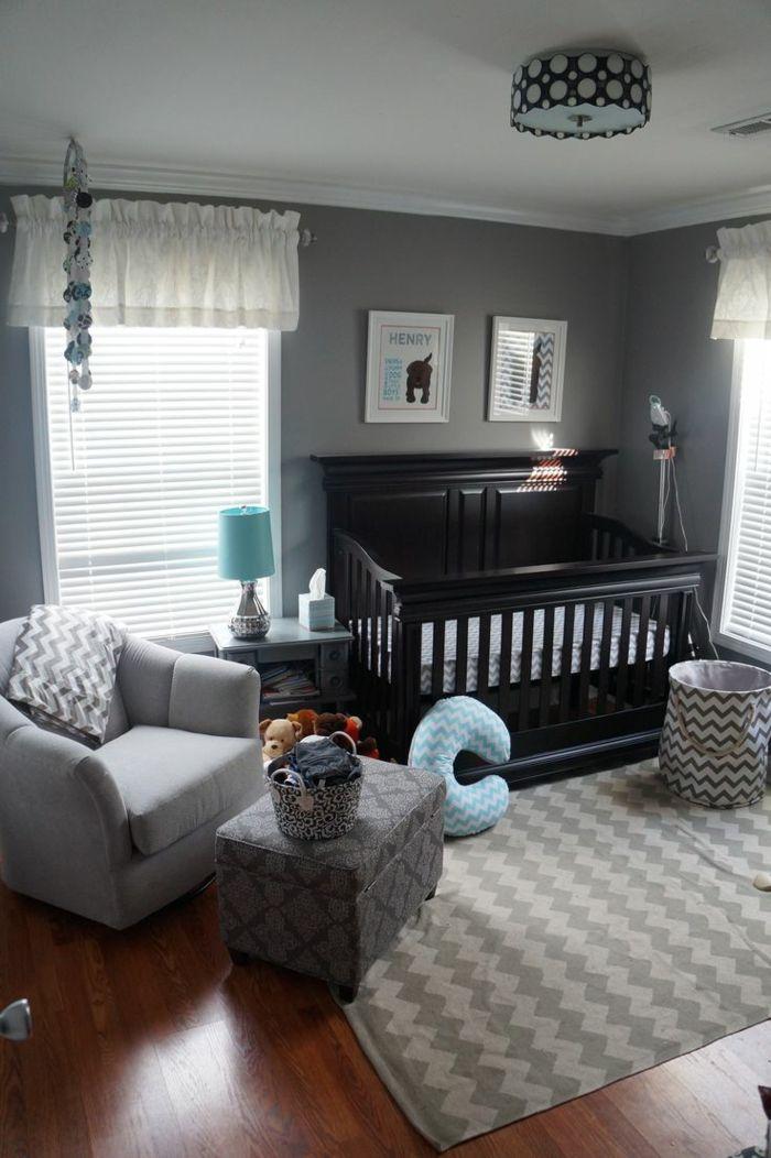 klassisches babybett aus holz