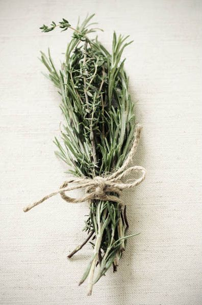 Herbs as favours - cute for a rustic wedding