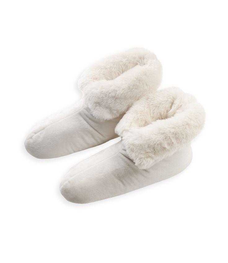 Aspen Booties Polar Bear By Newport Collection
