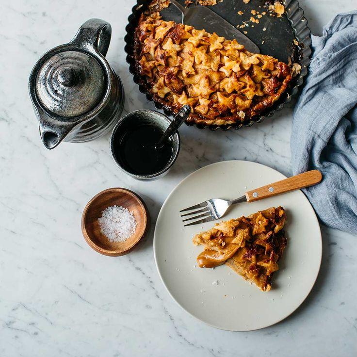 Appeltaart met zoute karamel recept - Jamie magazine