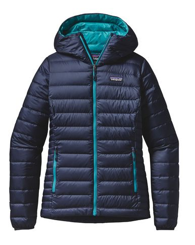 Snuggle up in this 800-fill power Patagonia Down Sweater Hoody for Women and sleep easy - 100% Traceable Down. No live plucking or force feeding.