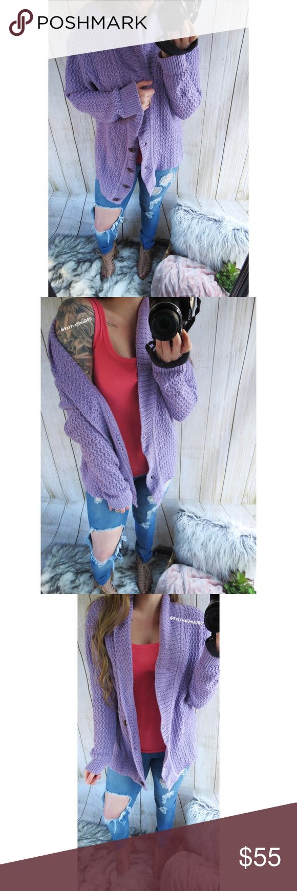 Lilac purple spring feels knitted cardigan 🌿 Stunning lilac slouchy knitted cardigan. Get ready to take on the spring transitioning months by adding this gorgeous piece to your wardrobe! Cardigan features a stunning lilac purple color, beautiful mid weight knitting, button up closure, and has a longer length giving it great bum coverage. This piece is sure to become a favorite closet go to as it has all the spring feels! Will fit size large best with fit seen on model. In excellent…